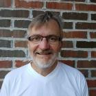 Henning Espenes er 2.tenor og er med i RT fordi det er et trivelig kor med litt ambisjoner. Henning er 2018s nye leder for RT.